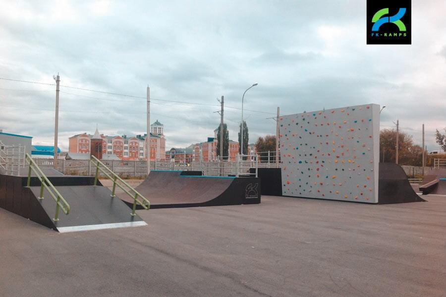 Деревянный скейт-парк в Ельце, Липецкая область