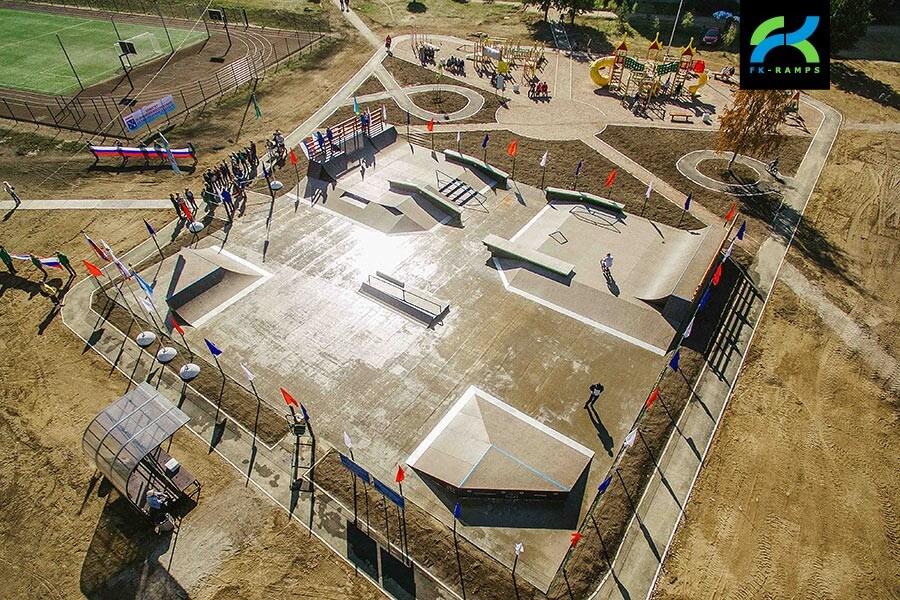 Деревянный скейт парк в Аннино