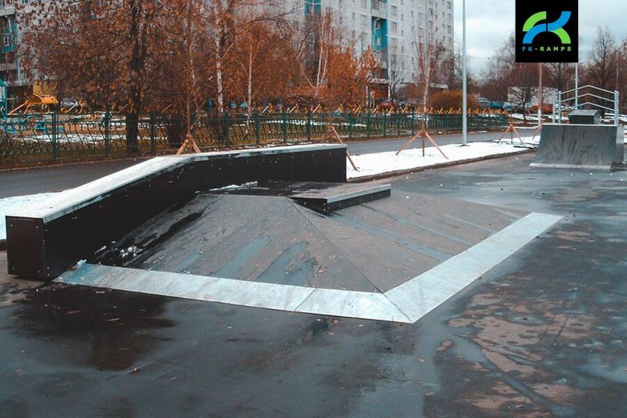 Деревянный скейт-парк на Борисовских прудах