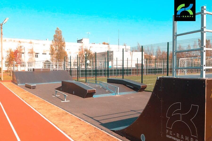Деревянный скейт-парк в Лесколово