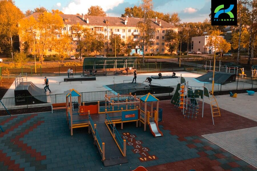 Деревянный скейт-парк в Глазове
