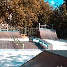 Деревянный скейт-парк в парке «Швейцария», фото № 4