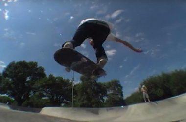 Саша Тушев в бетонном скейт-парке Перово