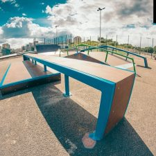 Деревянный скейт-парк у Ледового дворца Петербурга, фото № 5