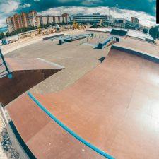 Деревянный скейт-парк у Ледового дворца Петербурга, фото № 6