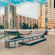 Деревянный скейт-парк у Ледового дворца Петербурга, фото № 11
