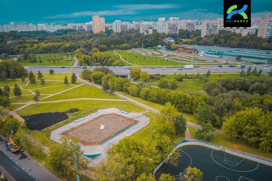 Бетонный скейт-парк в Бабушкинском ПКиО, г. Москва