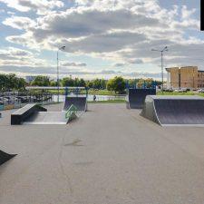 Деревянный скейт парк в Чехове