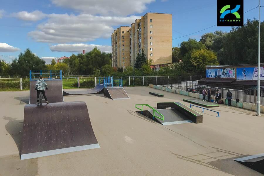 Деревянный скейт-парк в Чехове