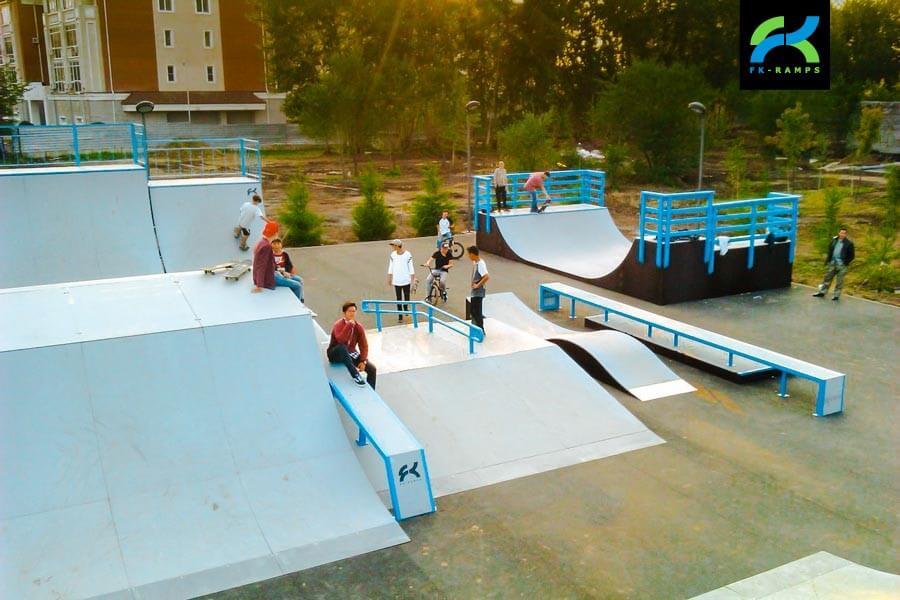 Металлический скейт парк в Астане