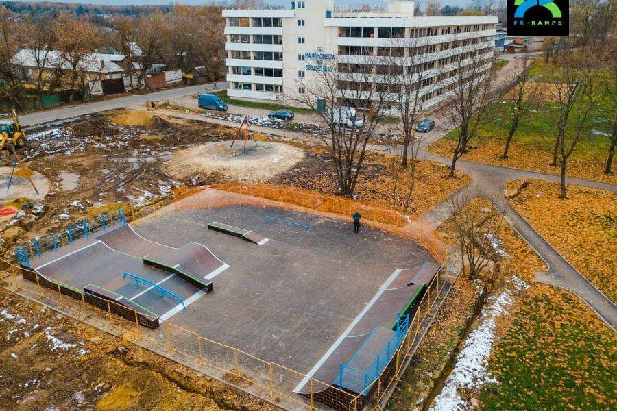 Деревянный скейт парк в пос. Восточный, Москва
