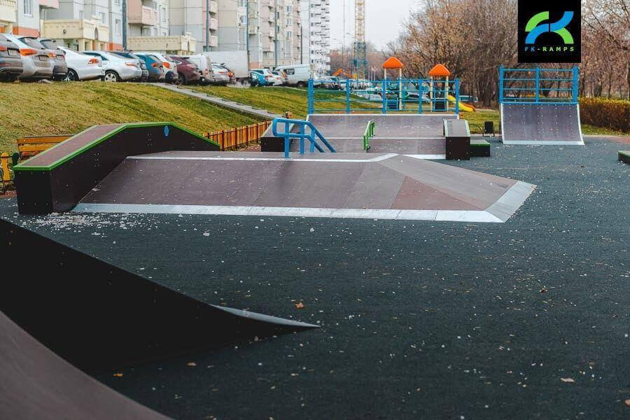 Скейт парк на Нагатинской набережной, Москва