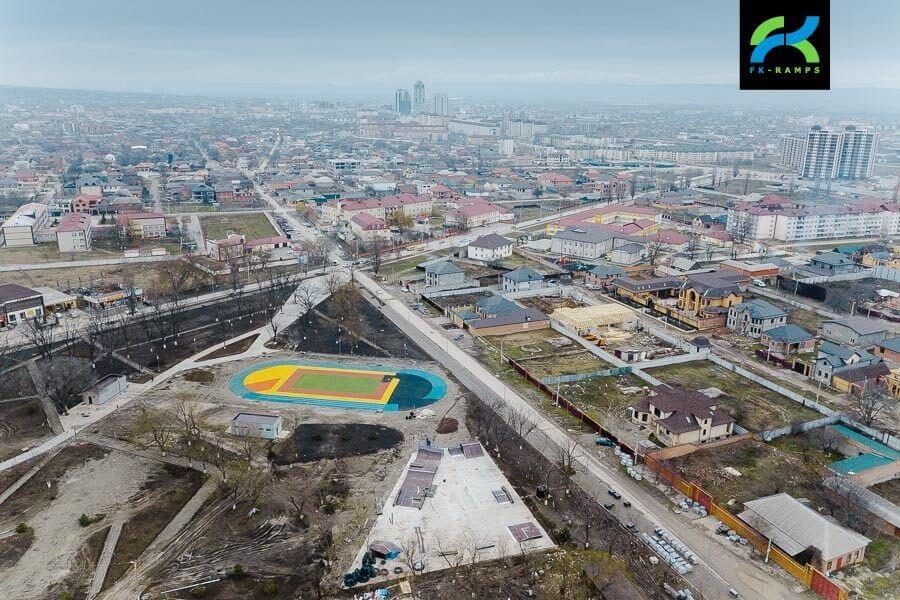 монтаж первого скейтпарка Чечни