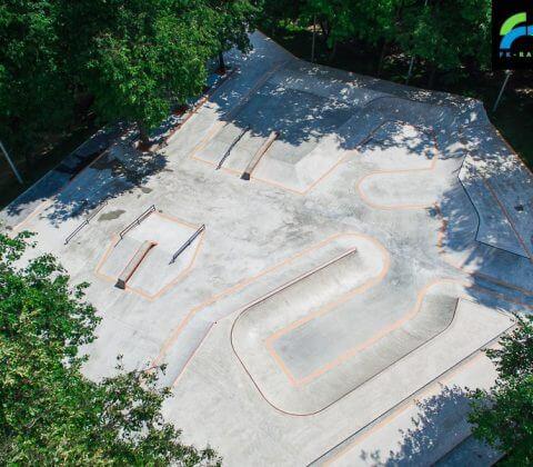 Скейт парк на Удальцова в Москве, в парке 50-летия Октября - FK-ramps