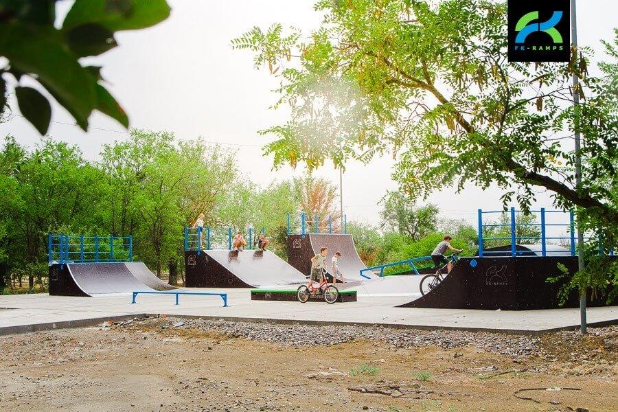 Деревянный скейт парк в Нефтекумске