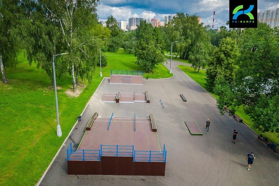 Деревянный скейт парк Митино (Москва)
