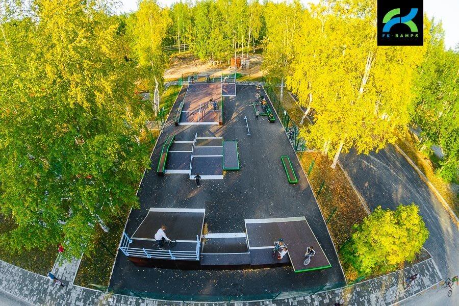 Деревянный скейт парк в Стрежевом