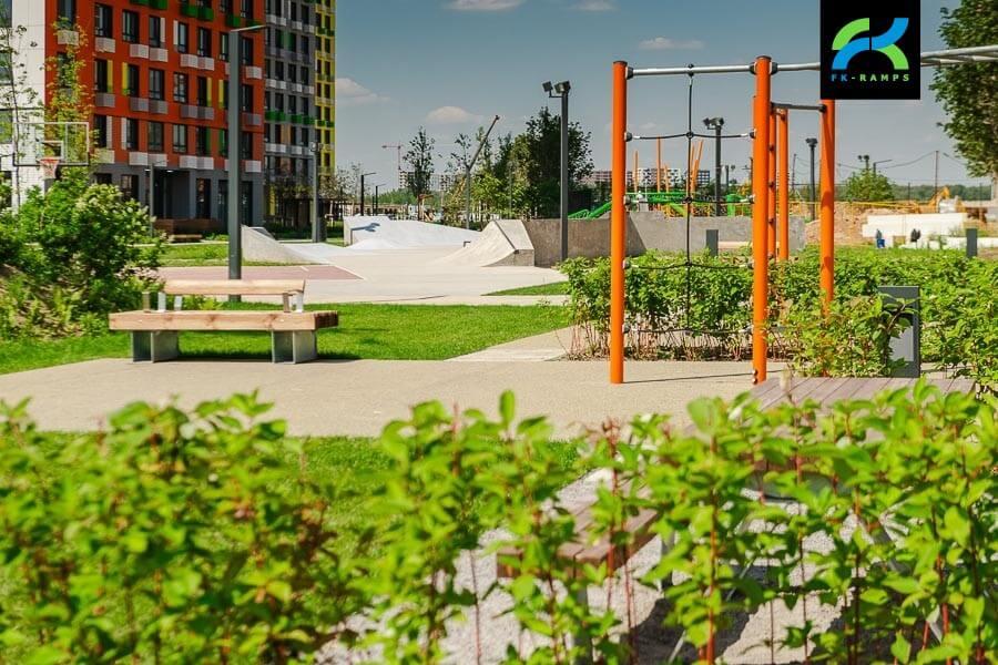 Бетонный скейт парк в ЖК Бунинские Луга, Москва