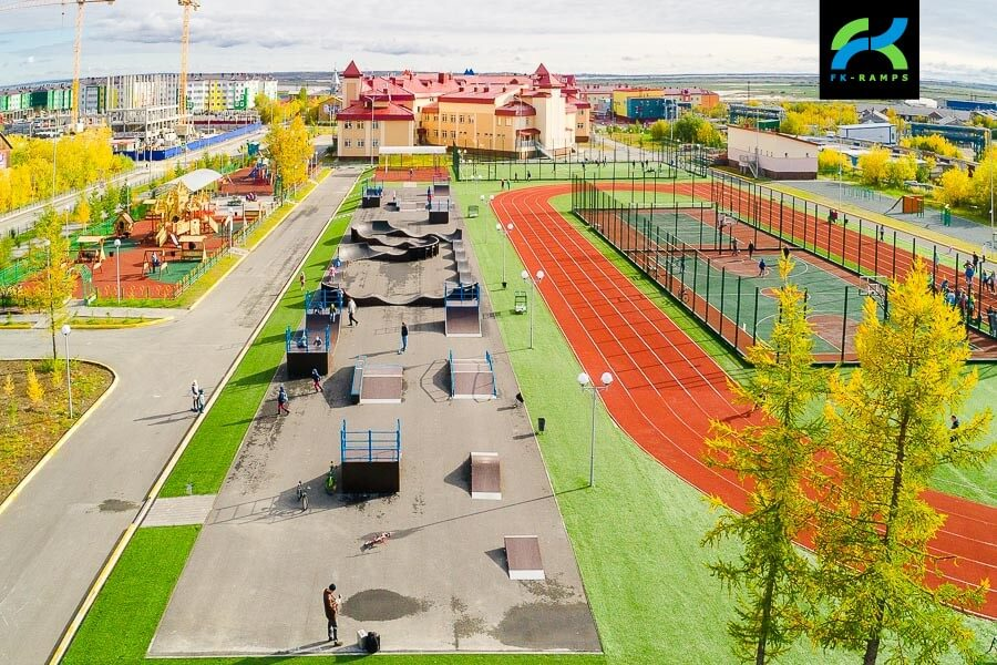 Каркасный скейт парк и памп трек в Лабытнангах