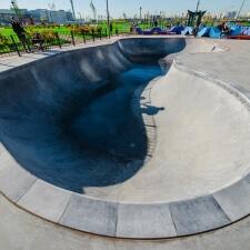 Бетонный скейт парк МЕГА Дыбенко