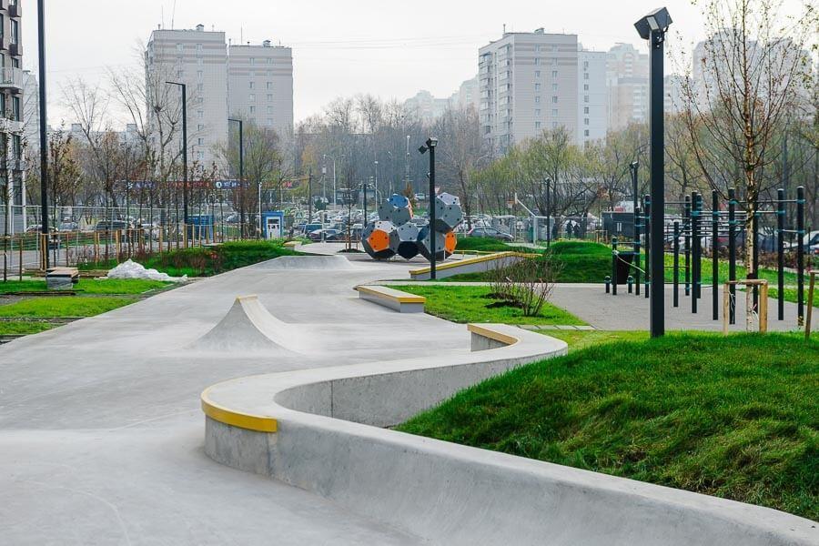 Бетонный скейт парк ЖК Мещерский Лес, Москва