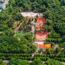 Скейт парк и детская площадка в Кишиневе