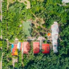 Скейт парк, баскетбольные и волейбольные площадки