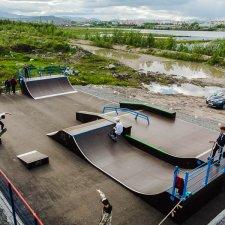 Скейт плаза в Мончегорске