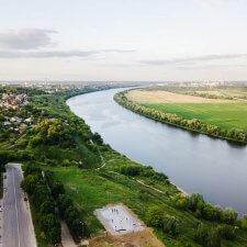 Скейт парк на набережной Дмитрия Донского
