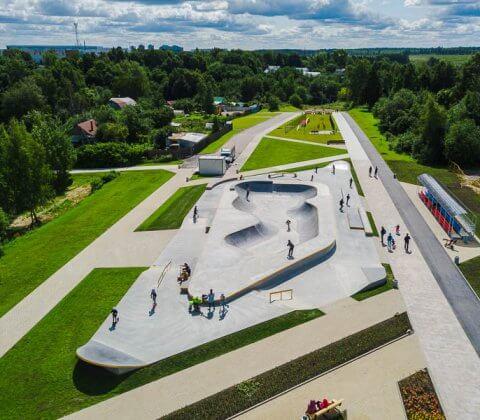 Бетонный скейт парк в Крюково