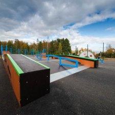 Новый деревянный скейт парк в Левашово
