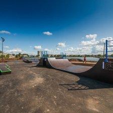 Скейт парк на Ломоносовской: фото